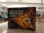 emirates dubai barcelona ciudad de mexico vuelo inaugural check-in cartel