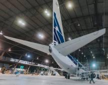 Boeing 737 de Aerolíneas Argentinas con librea retro 70 cumpleaños